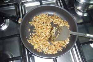 zwiebeln-roesten