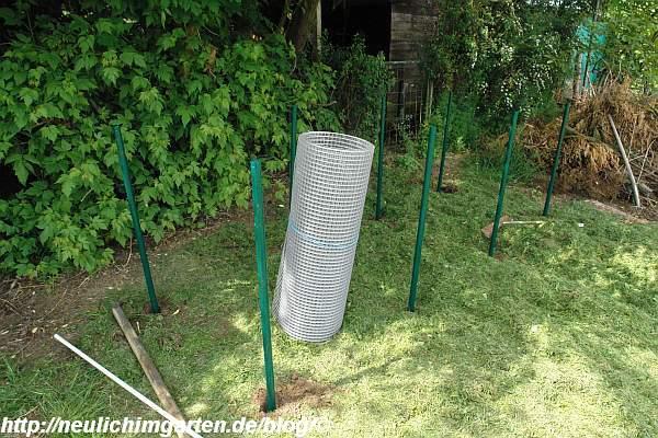 kompostplatz richtig bauen so haben wirs gemacht selbstversorgung aus dem eignen garten. Black Bedroom Furniture Sets. Home Design Ideas