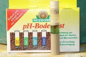 saurer-gartenboden-ph-wert-test